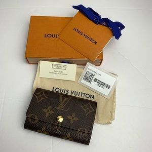LOUIS VUITTON 6 Key Ring Holder AUTHENTIC